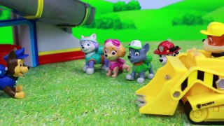 Paw Patrol Launch N Roll Lookout Tower Rubble Save