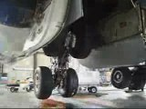 Airbus A340-600 Gear Swing