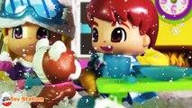 Pinypon Ski Lodge Playset Christmas Winter Holiday Snow House W/ Fake Snow & Ice Skating