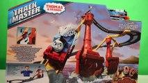 Thomas le train et le chemin de fer | Les montagnes russes & jouet Thomas le train + toboggan géant