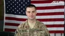 Un soldat surprend son frère en plein match de Basket - Retour d'Afghanistan
