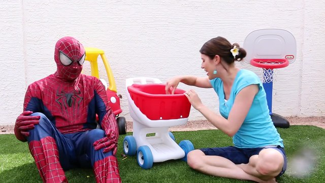 WATER BALLOON POP CHALLENGE Surprise Toys Barbie, Shopkins, Wikkeez with Spiderman & DisneyCarToys