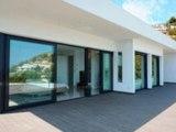 En direct de l'Espagne ? Belle piscine et vue sur mer spectaculaire – Une Villa construction moderne à Javea