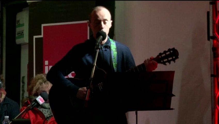 Moi, je veux crever d'une bonne cirrhose - La chanson de Frédéric Fromet