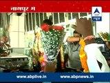Gadkari receives arousing welcome at Nagpur airport