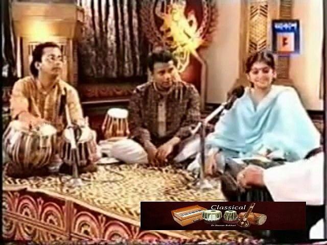 Pandit Ajoy Chakraborty & Kaushiki Chakraborty - Saat Bhai Champa Jago Jago Re