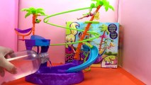 Polly pocket toys: Polly Pocket Drive N Slide Vehicle - Polly Pocket Pool!!! (Mattel)