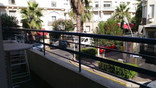 Juan-Les-Pins - A VENDRE 3 pièces de 45 m² en centre ville à 100 M. des plages