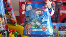 PAW PATROL TOYS Nickelodeon GIANT Paw Patrol Surprise Tent Giant Ball Pit Opening Egg Surprise Toys