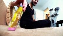 VLOG: Samira lernt Play Doh Krümelmonster kennen! Spiel mit mir Kinderspielzeuge mit Katze & Kaan