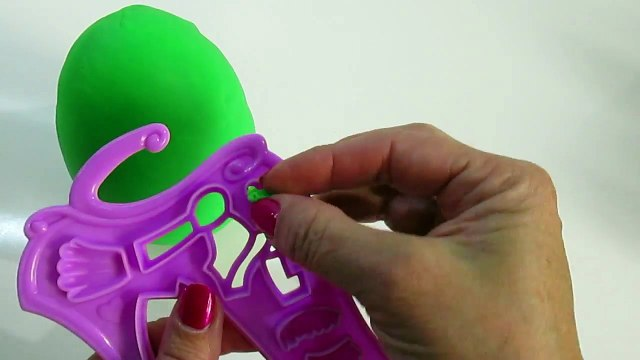 SHOPKINS Tutorial How to make Posh Pear Play-Doh Surprise Egg Shopkins posh pear play doh tutorial.