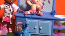 Doc McStuffins Disney medical checkup for toys ♥ Docteur Peluche examen médical des Peluches