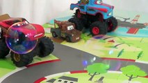 Mater Popping Bubbles Disney Cars Lightning McQueen Blowing Bubbles Cars Monster Trucks NIKUo4horq8