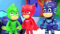 PJ MASKS Tub Bath Time Finger Paint Soap Colors, Giant Rubber Duck Superhero IRL Toy Surprise