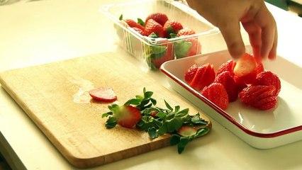 [RECIPE]no oven christmas Strawberry cake (Dome cake icing) 노오븐 딸기 생크림 케이크 제누와즈-돔아이싱 크리스마스 케이크 이제이레시피-EJ recipe