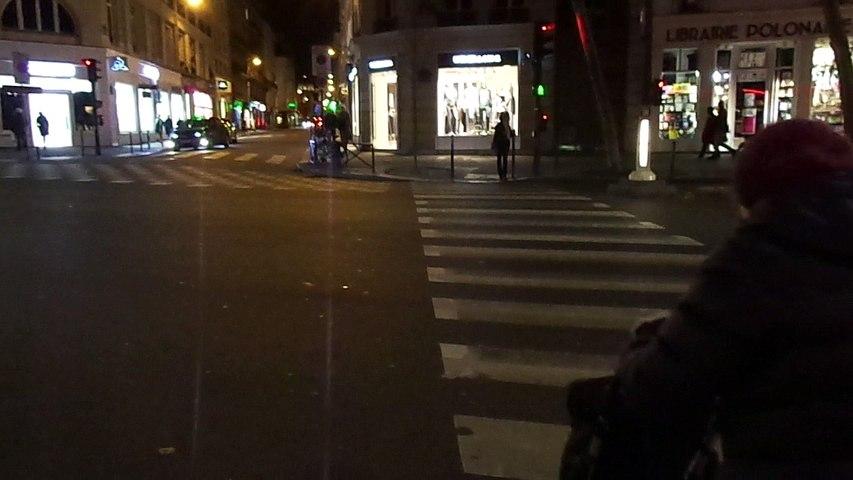 【PARIS】横断歩道042