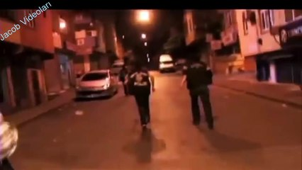 Türkiyenin En Tehlikeli 5 Mahallesi ► En Belalı Mahalleler ► Uyuşturucu, yaralama, hap, esrar kavga!