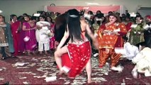 AJA AJA PK DANCE PARTIES - MUJRA DANCE AT WEDDING PARTY