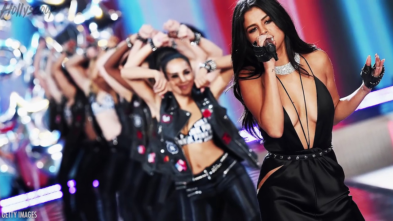TOP 5 SEXIEST Selena Gomez Moments. http://bit.ly/2BuUAGT