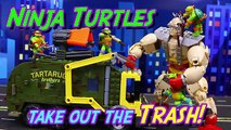 Teenage Mutant Ninja Turtles Mega Bloks Battle Truck Fights Classic Krang and Robot Destroying City