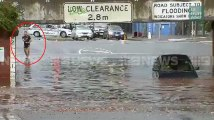 Face aux inondations, les Australiens ne réagissent pas tous de la même manière...