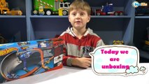 Hot Wheels Toys. Video for children – unboxing set of toys. Cars for boys. New Track for Car