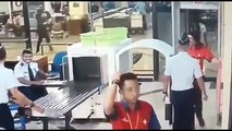 Un pilote d'avion complètement ivre à un contrôle de sécurité