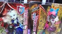 HUGE Monster High Dollhouse Deadluxe High School Boo York & Freak Du Chick Dolls + Draculaura Dolls