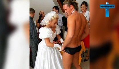 ABSOLUTELY INAPPROPRIATE FAMILY PHOTOS - Most Sextually Awkward Family Photos Ever