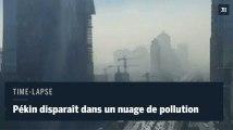 Time-lapse : Pékin disparaît dans un nuage de pollution