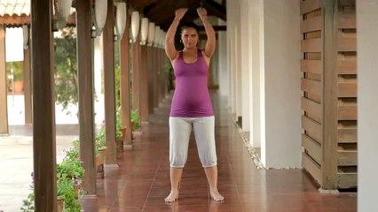 Prenatal Yoga with Lara Dutta - Labour Oriented endurance exercises Keep--ups