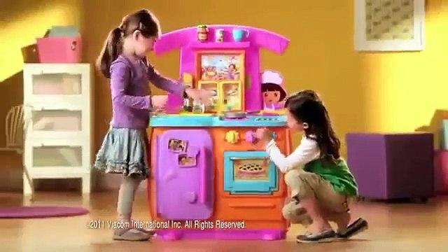 Mattel - Fisher Price - Dora The Explorer - Dora Fiesta Favorites Kitchen