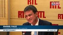 Primaire à gauche : le sourire crispé de Manuel Valls après une question… sur son manque de sourire