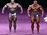 JAY CUTLER vs RONNIE COLEMAN mr olympia posedown - YouTube