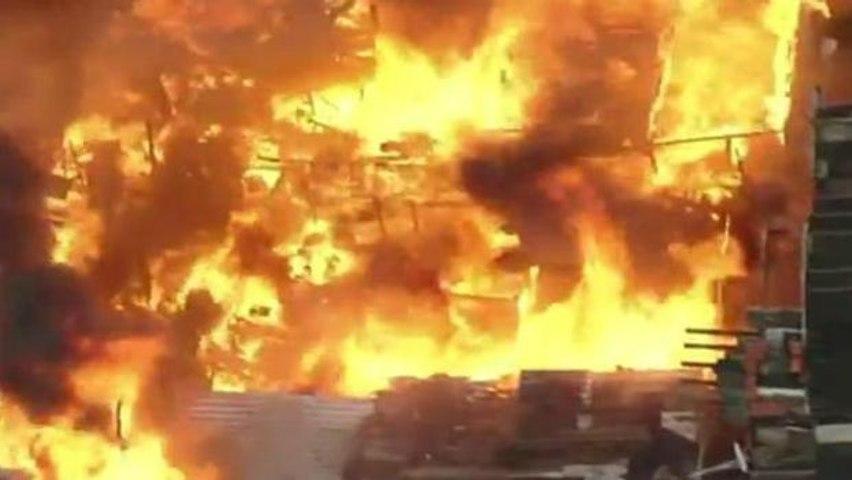 SP: Incêndio de grandes proporções atinge favela na zona leste