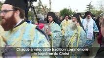 Turquie : plonger dans le Bosphore glacé pour imiter le Christ