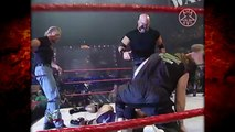 Kane Returns & Saves The Undertaker & The Rock! 5_29_00