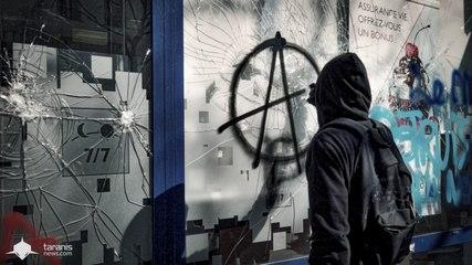 PARIS : SOUS LES PAVÉS LA RAGE (PART 1)