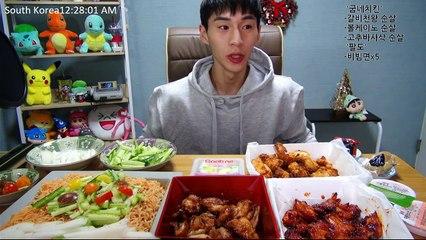 BANZZ▼ Goobne Chicken's New menu Mukbang (Eating Show/Social Eating)  밴쯔▼ 굽네치킨 신메뉴 + 크리스마스 트리 비빔면 먹방!