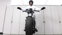 Honda Riding Assist: así ha conseguido Honda que una moto se mantenga sola