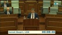 Mbahet seanca e jashtëzakonshme e Kuvendit të Republikës së Kosovës në të cilën do të mbahet debat parlamentar në lidhje me mbajtjen në arrest të kryetarit të Aleancës për Ardhmërinë e Kosovës, Ramush Haradinaj, në Francë