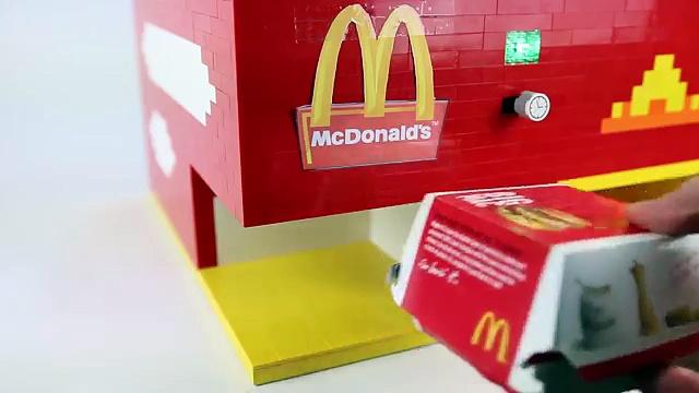 The Lego McDonald s Machine   Big Macs and Pepsi