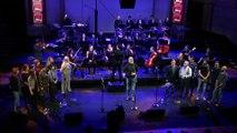 """La troupe """"Un violon sur le toit"""" : Tradition par Chris de Moor - Ars Lyrica"""
