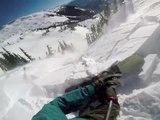 Un snowboarder se retrouve embarqué dans une avalanche