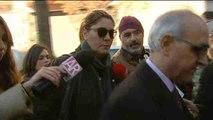 Los padres de Nadia dicen estar preocupados y extrañados por las fotos