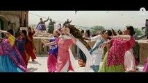 Udi Udi Jaye _ Raees _ Shah Rukh Khan & Mahira Khan