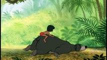 Le Livre de la Jungle - Extrait Exclusif 'Les chatouilles de Mowgli à Baloo'-xUfqLRU-d7Y