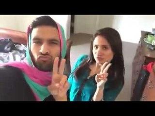 ZaidAliT - How brown girls take selfie...