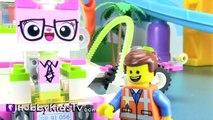Peppa Pig PlayGround! Emmet WyldStyle on a Date! Spongebob Batman Unikitty Lego Movie HobbyKidsTV