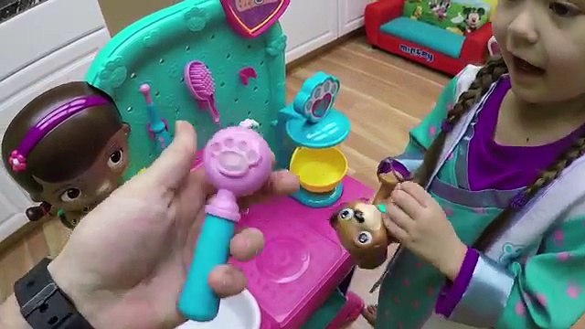 BEST DOC MCSTUFFINS SURPRISE TOYS Huge Doc McStuffins Surprise Egg Toy Playing Disney Junior Videos